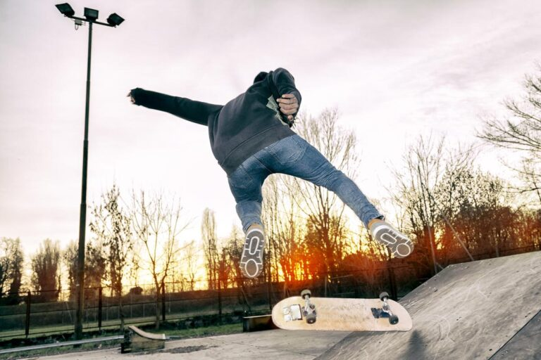 17 Simple Skateboard Tricks That Will Make You Look Pro