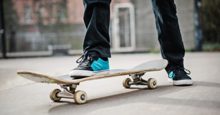 How To Stop On A Skateboard (Explained)